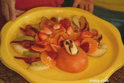 fruit turkey for Thanksgiving